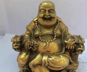 Buda para atraer el dinero