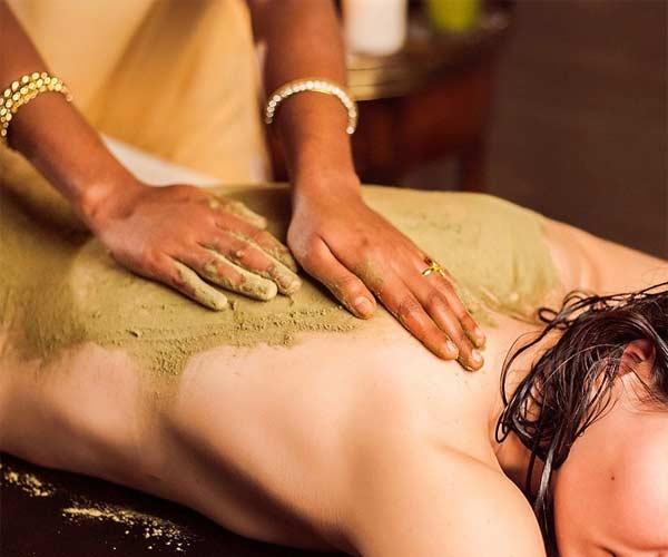 masaje de desintoxicación ubvartan Ayurveda