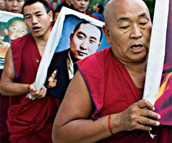 Pulsera de hilo rojo para los budistas