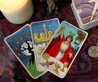 Cómo hacer la Tirada de Tres Cartas en el Tarot